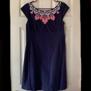 Lilly Pulitzer navy dress w/ lace detail GUC